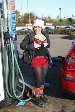 Flashing at the petrol pumps