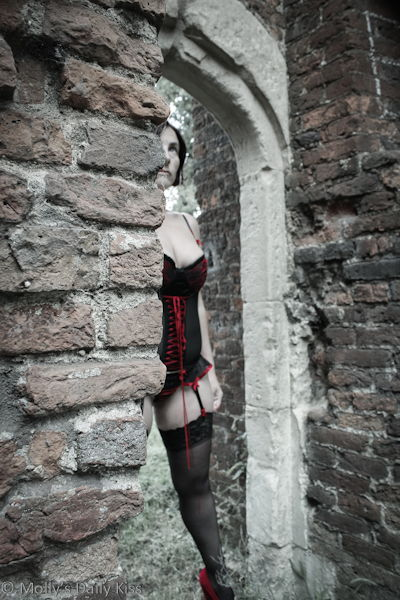 Peeking round castle walls erotic photography
