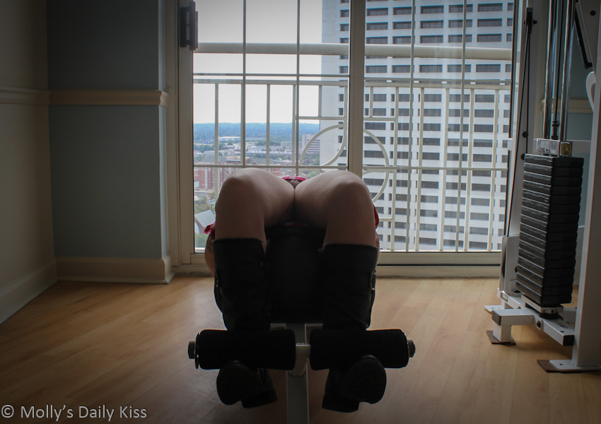 Flashing pussy on gym equipment